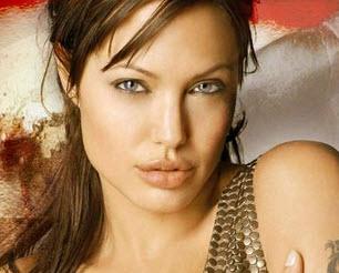 3-Angelina-Jolie